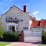Как получить ипотечный кредит на покупку загородного дома?